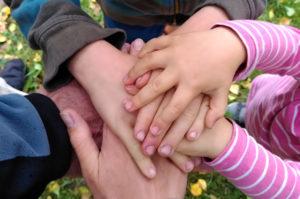 Warum das Recht auf Selbstbestimmung von Kindern unseren Alltag entstressen kann